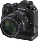 Fujifilm X-H1 + XF16-55mm su baterijos laikikliu