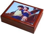 Prisiminimų dėžutė su nuotrauka (18x18cm, ruda)