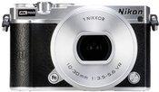 Nikon 1 J5 Kit silver + 10-30 PD-Zoom