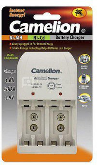 Camelion Overnight Charger BC-0904S (without batteries), Plug-in Charger for 2 or 4 NI-MH/NI-Cd AA/AAA or 1-2 x 9-Volt-Block/ LED Indicators/ Low Charge Current for Longer Battery Life/ Reverse Polarity Protection/ 0 Voltage Jump Start