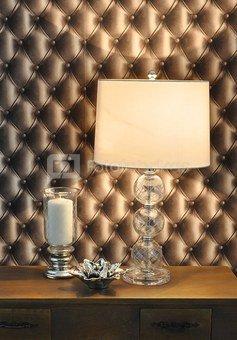 Šviestuvas stalinis stiklinis stovas su gaubtu H:62 x W:36 x D:36 cm. SAVEX