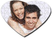 Heart shape puzzle. 75 pieces