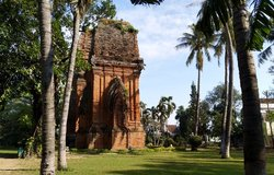 Twin towers, Quy Nhon